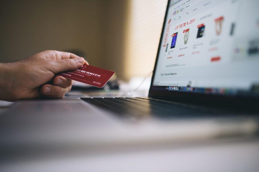 Mange vælger E-handel fremfor de fysiske butikker